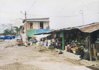 picture of a Bolivian shanty village